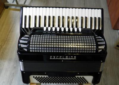 אקורדיון Excelsior model 320