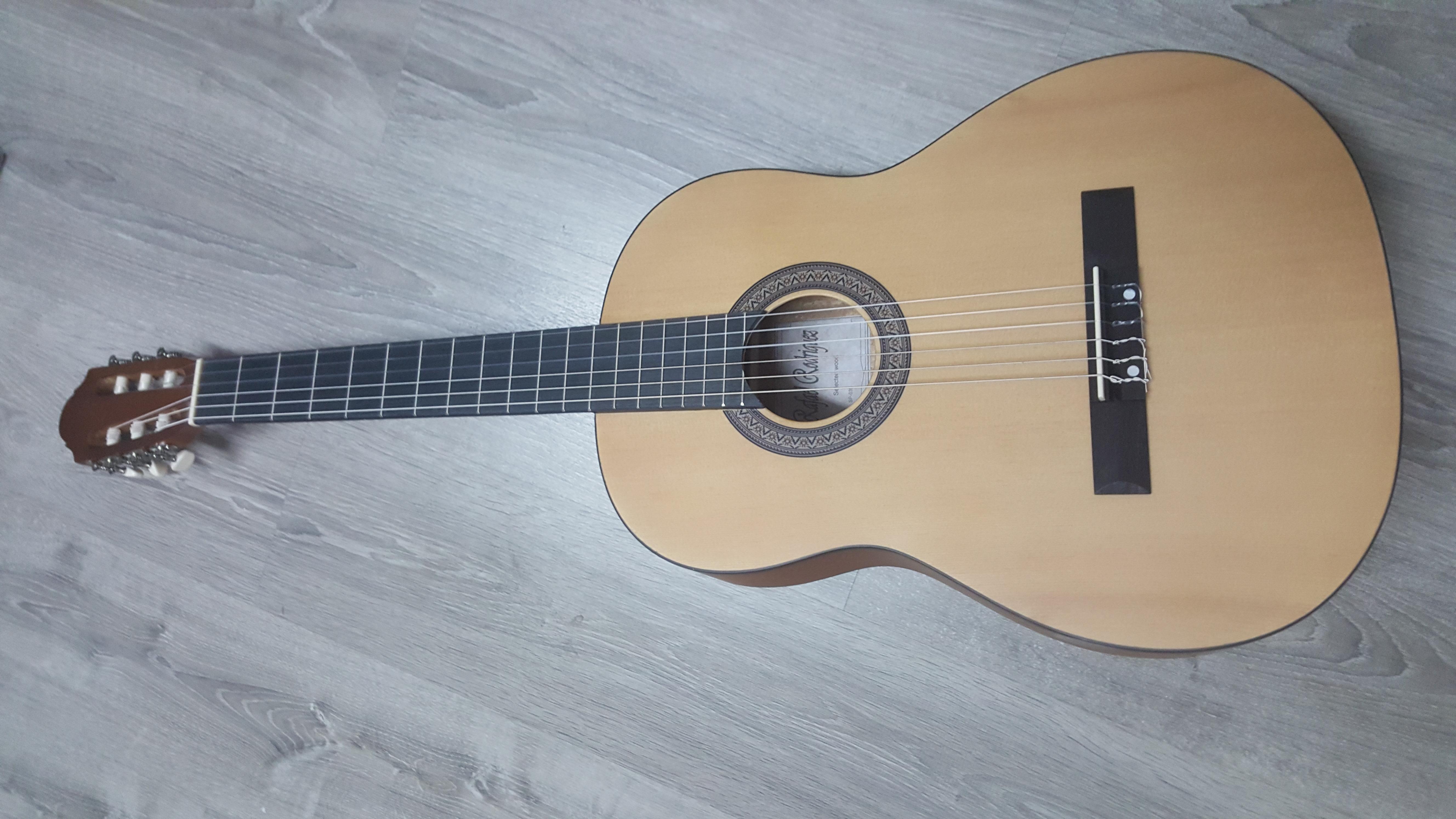 גיטרה קלאסית Rafael Rodriguez-SP-039